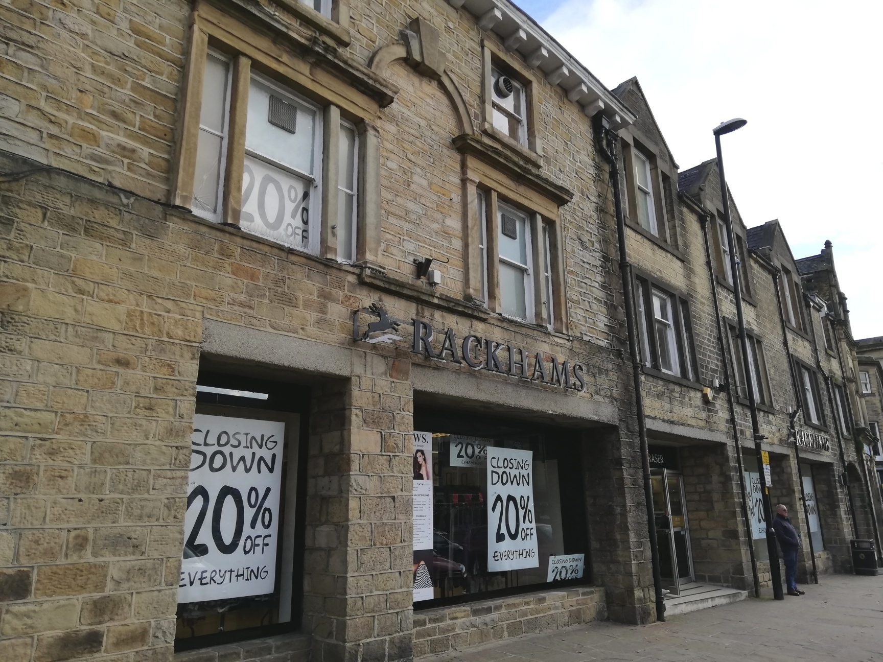 Edinburgh Woollen Mill Says It Has Confidence In Skipton S Retail Future Craven Herald