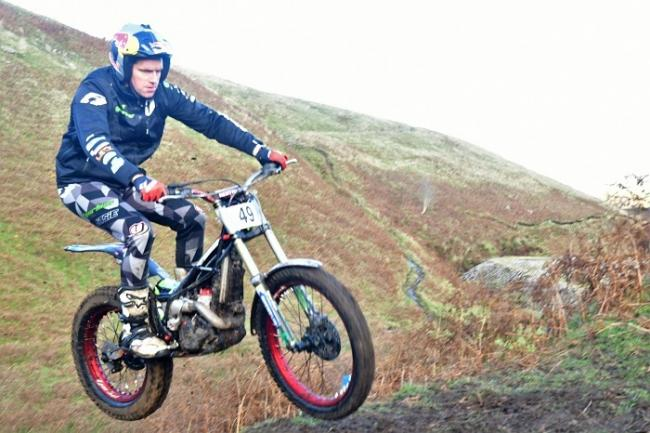 Dougie Lampkin showed his class to record a comfortable victory at Cockhill Mines on Sunday