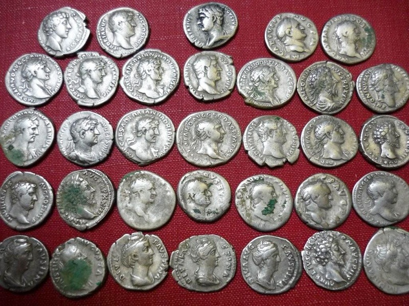 The hoard of rare Roman coins