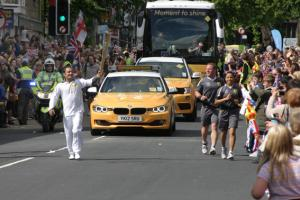Up to 25,000 see Olympic Torch carried through Skipton