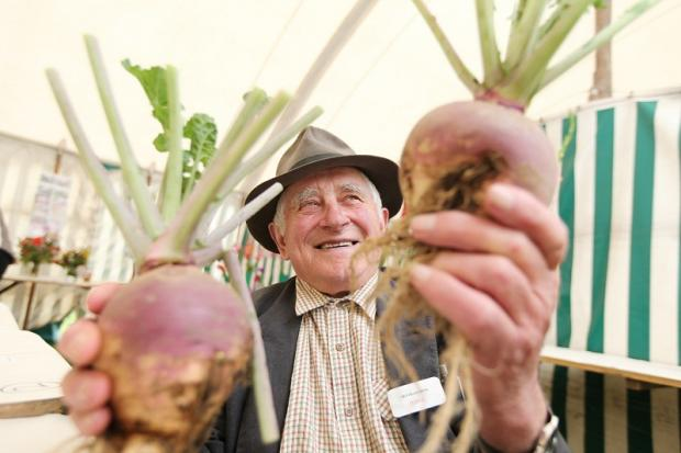 George Tailor judges vegetables at last year's Bentham Show