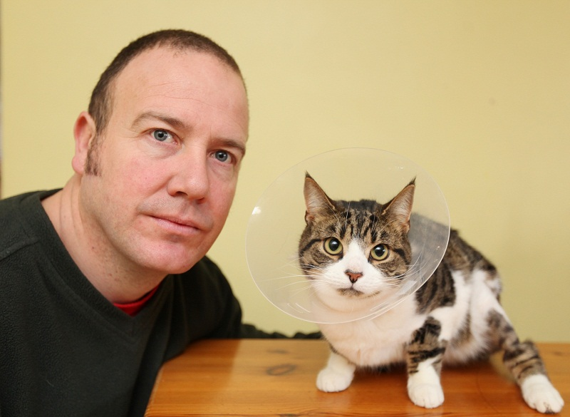 Mark Wilson with family cat Otto