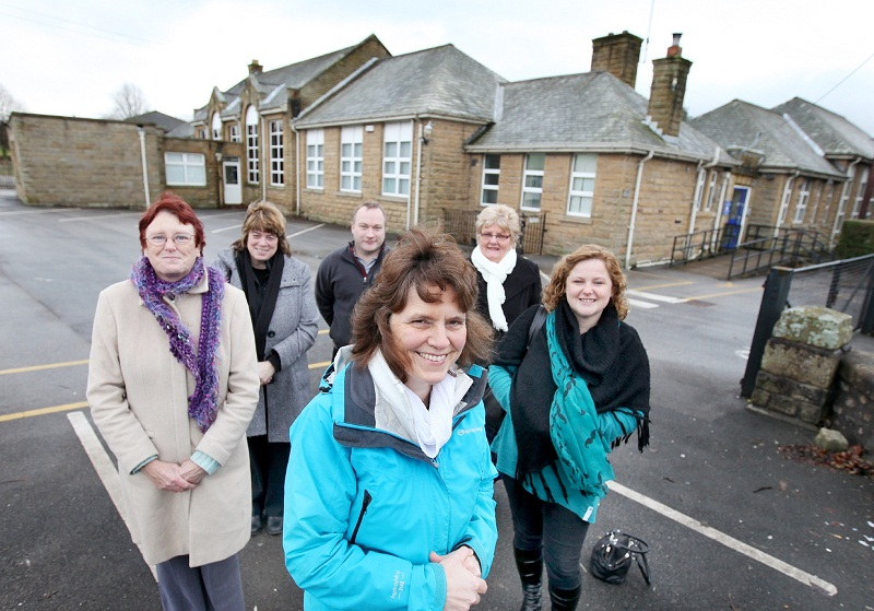 Rosemary Hartley, Helen Wilson, Lesley Curtis, Simon Whiteley, Pauline Beadle and Michelle Hodgson at the Ingleton Middle School site