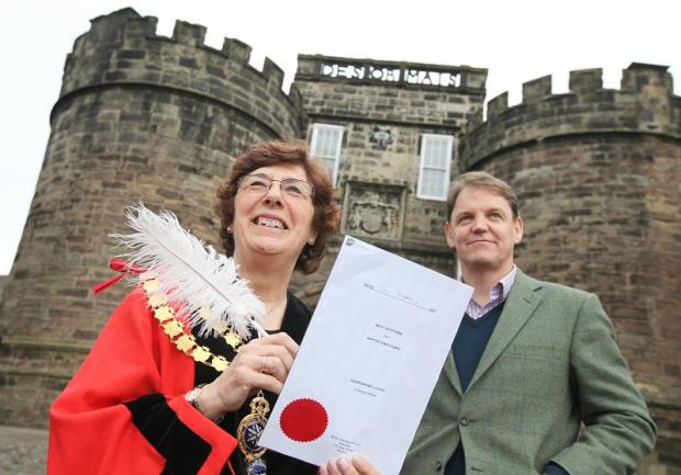 Lord of the Honour of Skipton Castle Sebastian Fattorini and Skipton Mayor Wendy Clark