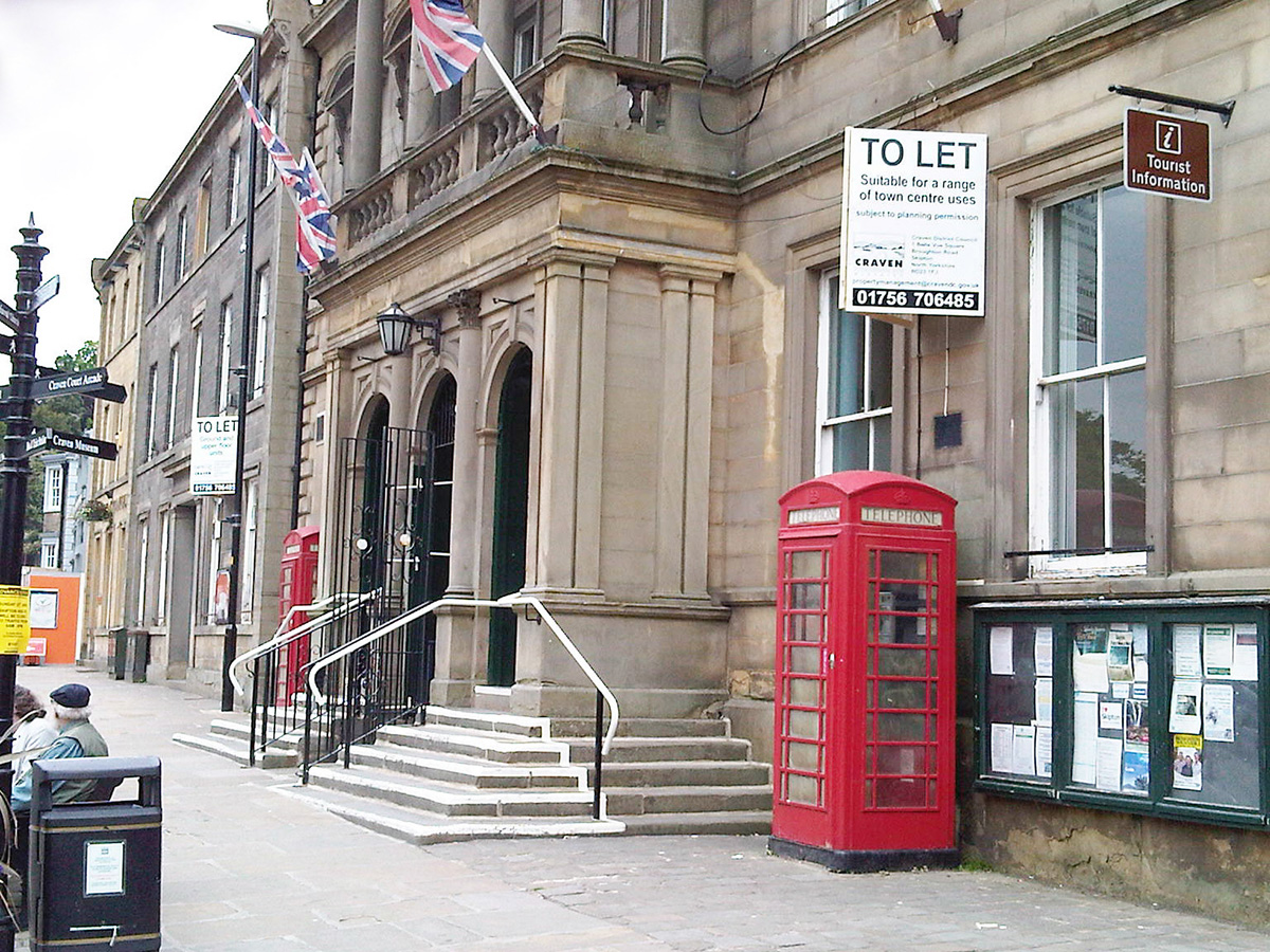 The broadband team will be outside Skipton Town Hall