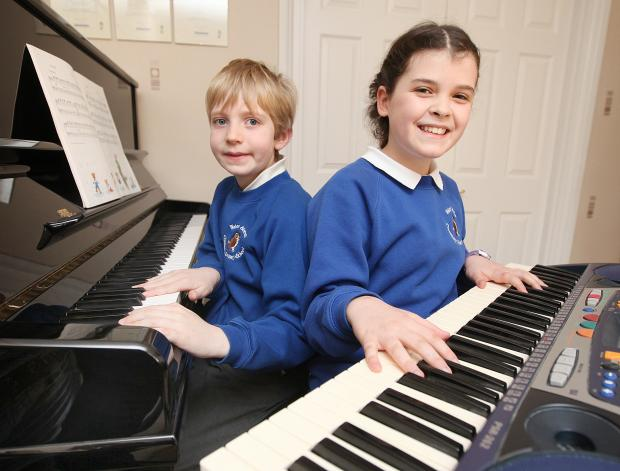 Phoebe Newall and Alex Terry at the keyboard to raise money for Skipton Music Festival