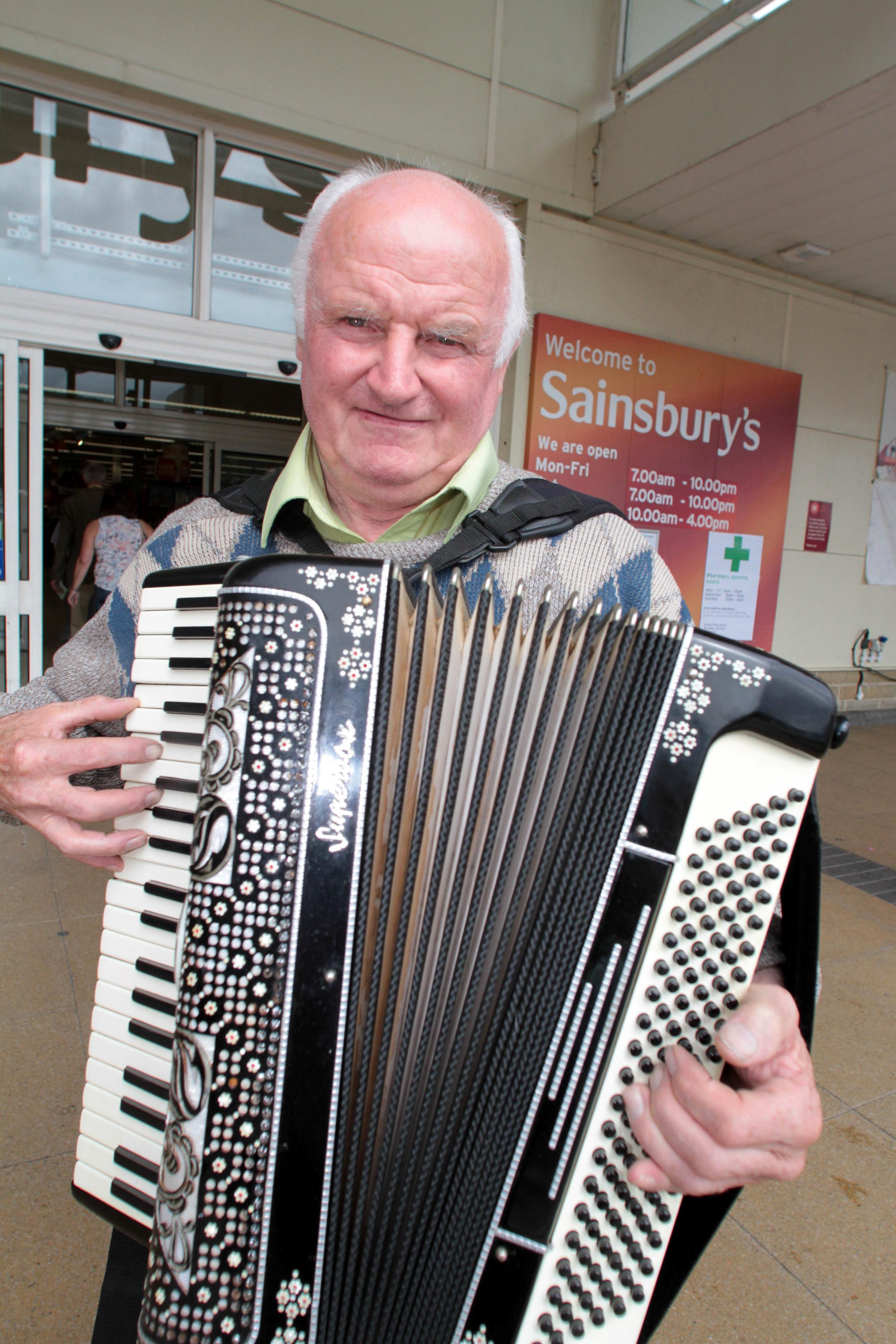 Silsden accordionist Derek is music to the ears of charitable causes