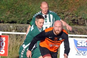 Steeton thwarted by former keeper Lee as Oxenhope progress