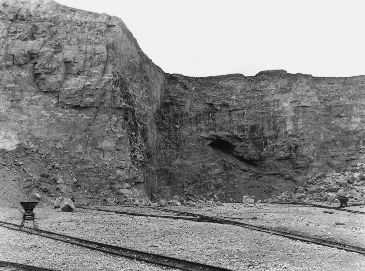 New book looks at the history of quarrying in the yorkshire dales by clive white