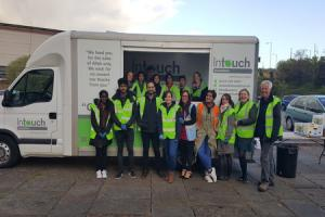 YDMT volunteers join the InTouch Foundation at one its mobile kitchen sessions